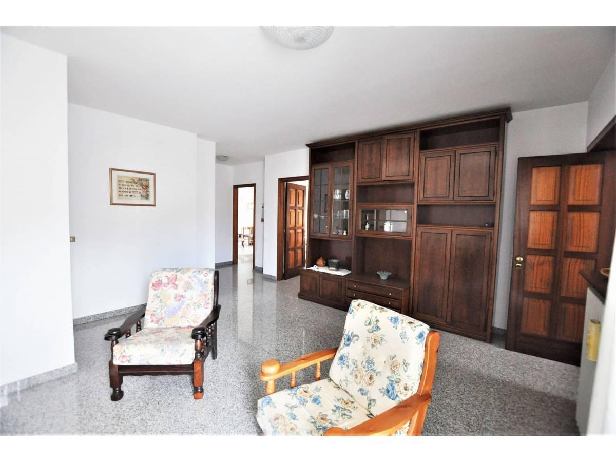 Stabile o Palazzo in vendita in via De Pasquale Giuseppe  a Spoltore - 3222859 foto 8