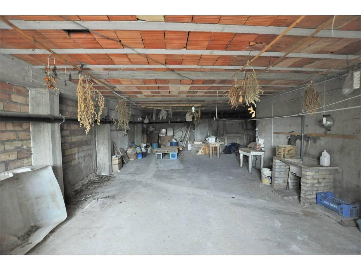 Stabile o Palazzo in vendita in via De Pasquale Giuseppe  a Spoltore - 3222859 foto 30