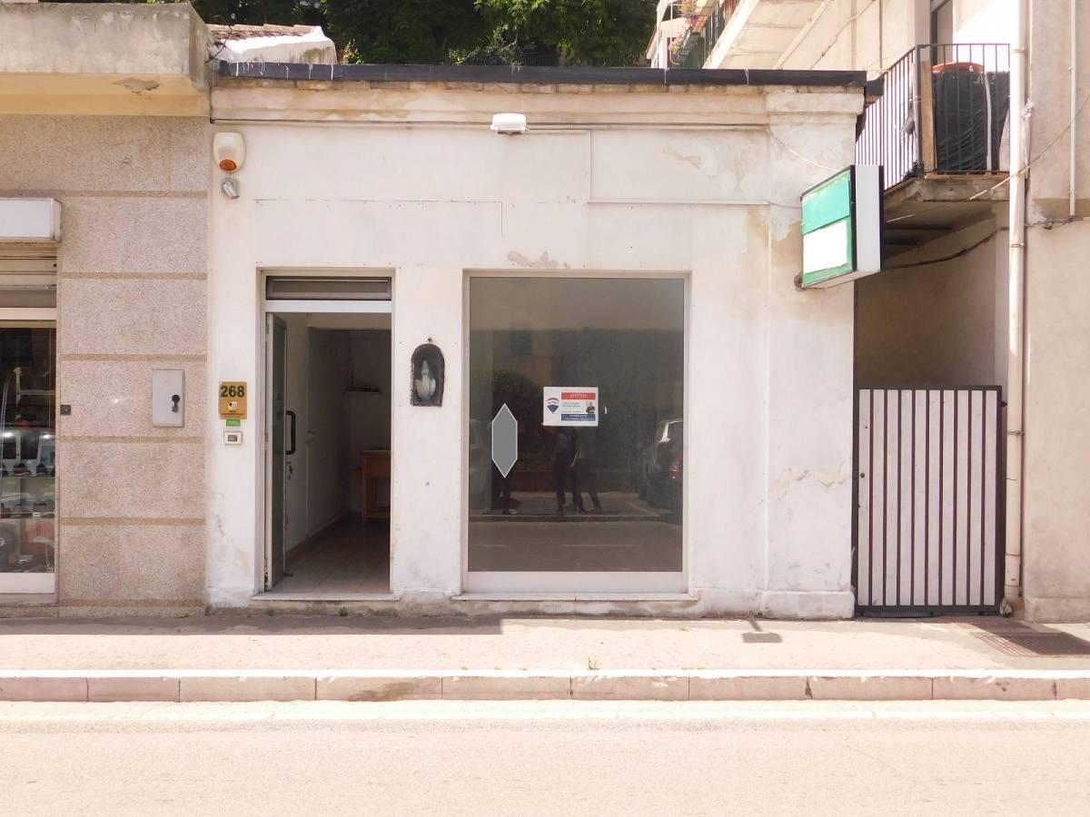 Negozio o Locale in affitto in Via Nazionale Adriatica 26  a Francavilla al Mare - 5031925 foto 9