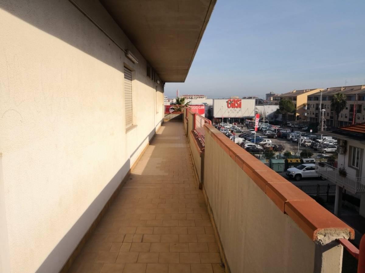 Ufficio in affitto in Via Verrotti, 60 zona Centro a Montesilvano - 1740219 foto 5