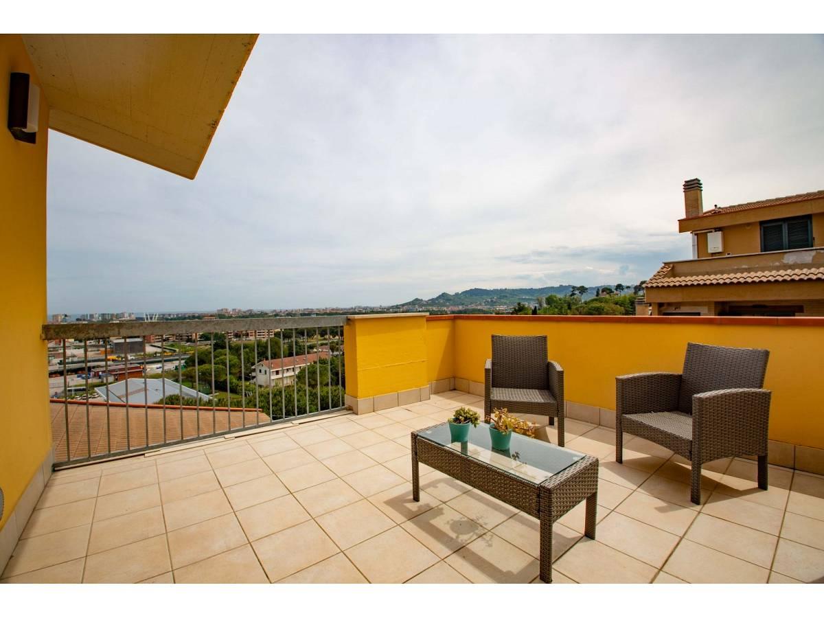 Appartamento in vendita in Via Levante  a Città Sant'Angelo - 7143444 foto 8