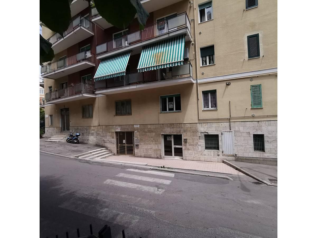 Negozio o Locale in affitto in Via Brigata Maiella    a Chieti - 2119321 foto 1