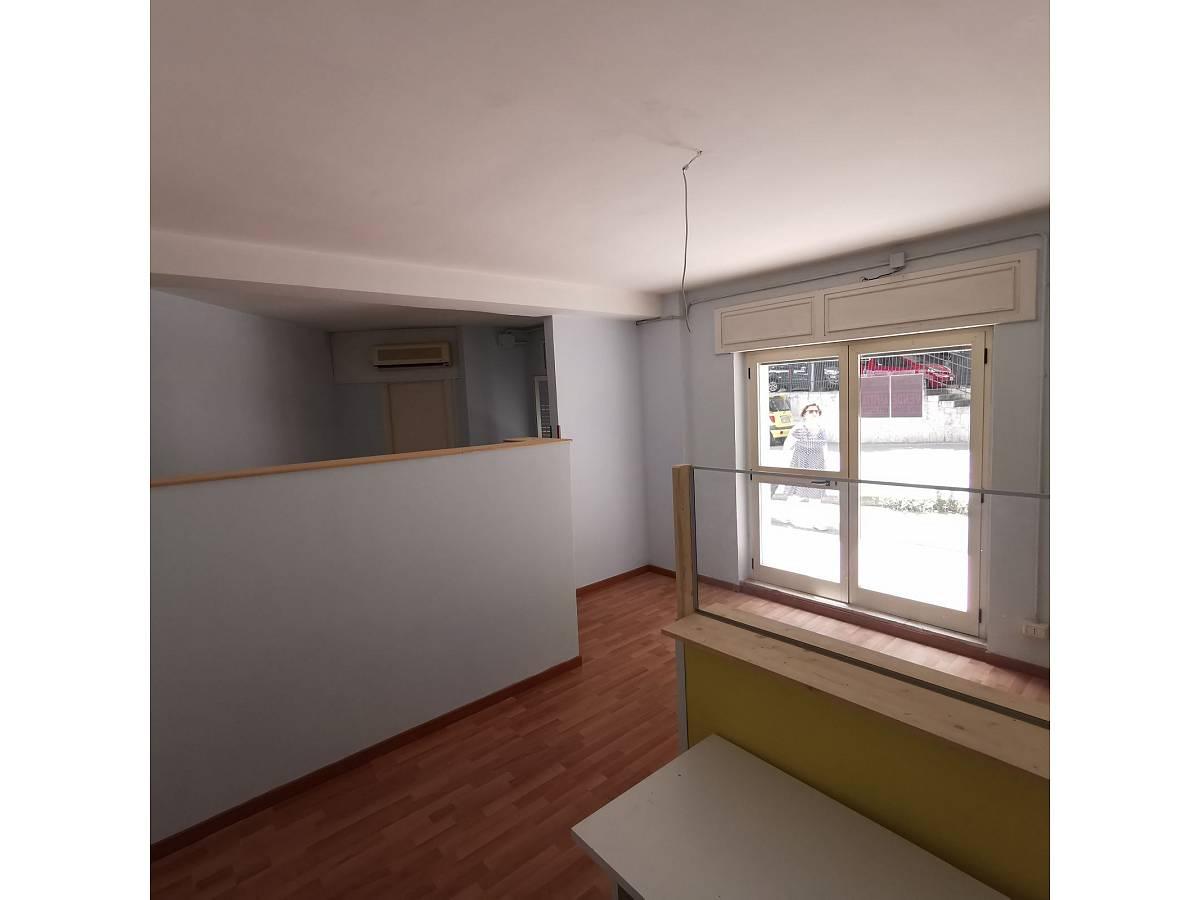 Negozio o Locale in affitto in Via Brigata Maiella    a Chieti - 2119321 foto 4