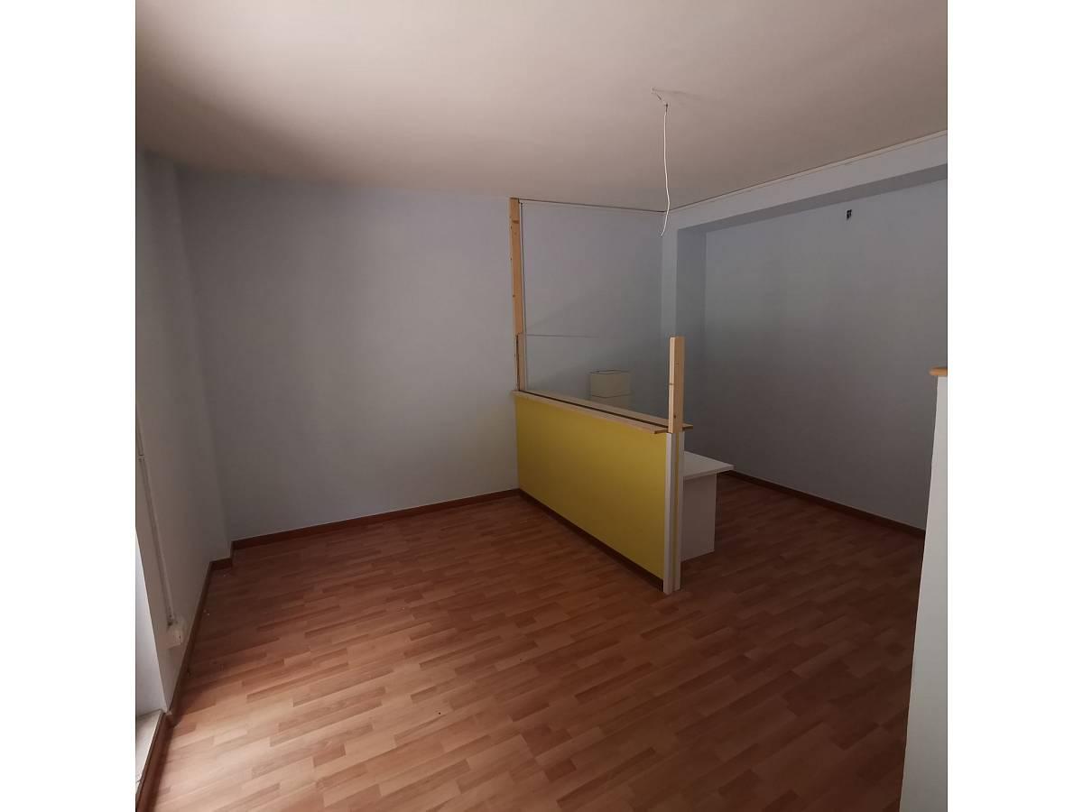 Negozio o Locale in affitto in Via Brigata Maiella    a Chieti - 2119321 foto 6