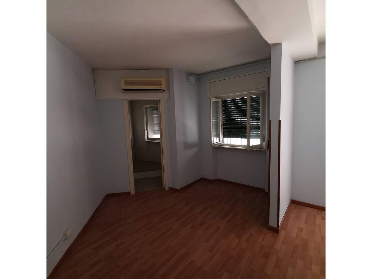 Negozio o Locale in affitto in Via Brigata Maiella    a Chieti - 2119321 foto 7