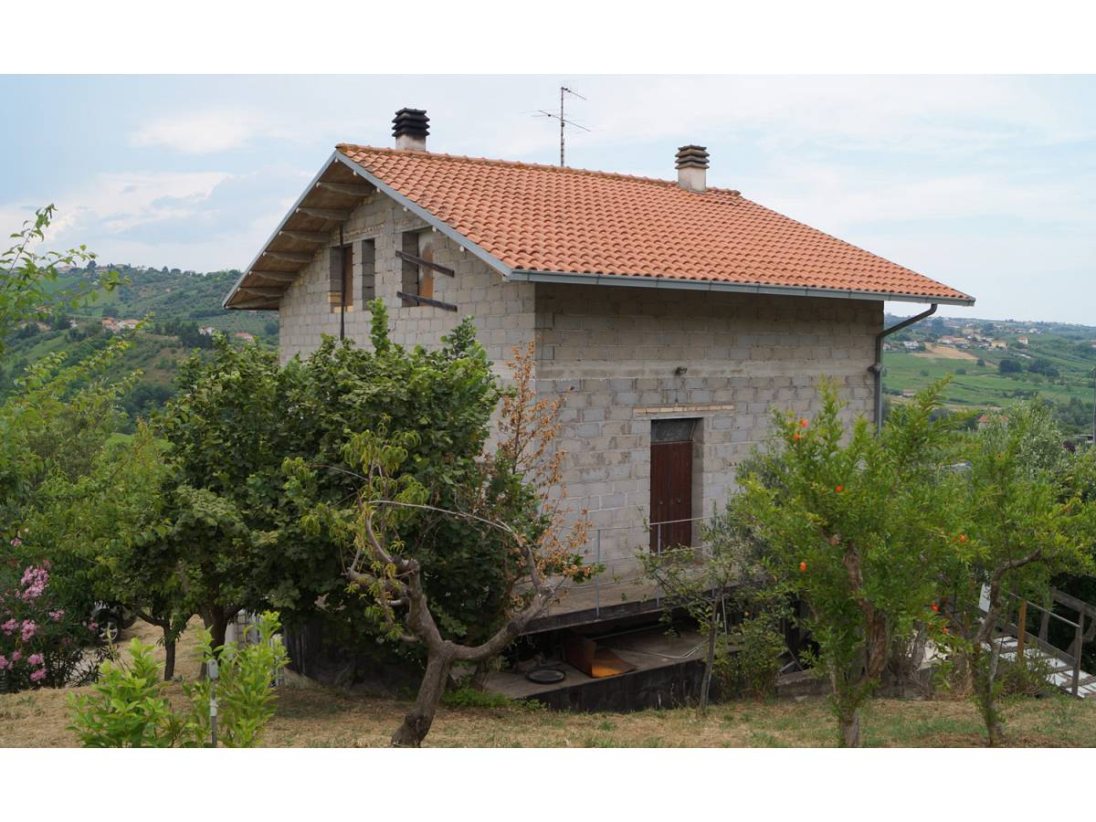 Casa indipendente in vendita in Contrada Feudo  a Bucchianico - 8839445 foto 8