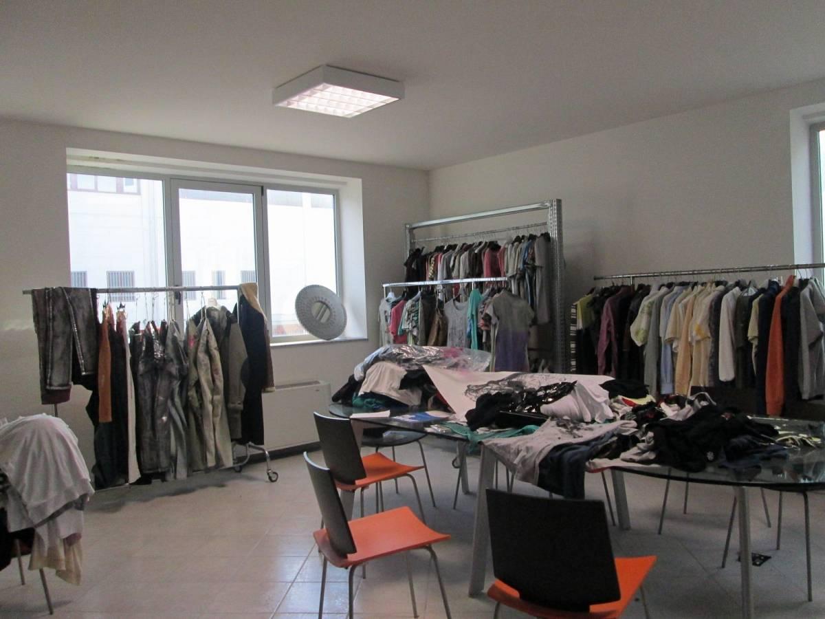 Capannone in vendita in CONTRADA CASE BRUCIATE  a Collecorvino - 9384612 foto 9