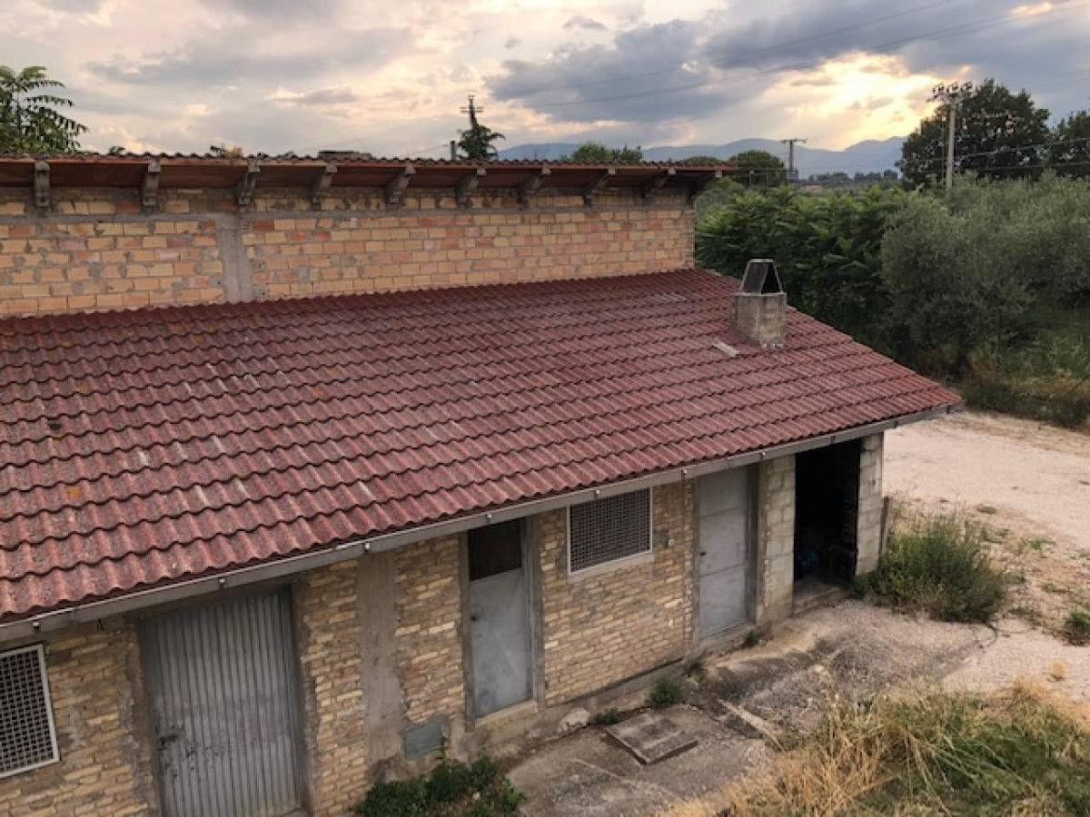 Porzione di Villa in vendita in contrada vicenne  a Pianella - 3530133 foto 16