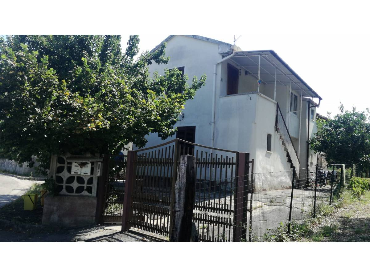 Casa indipendente in vendita in Via Casalbordino zona Scalo Stadio - Ciapi a Chieti - 6652193 foto 1