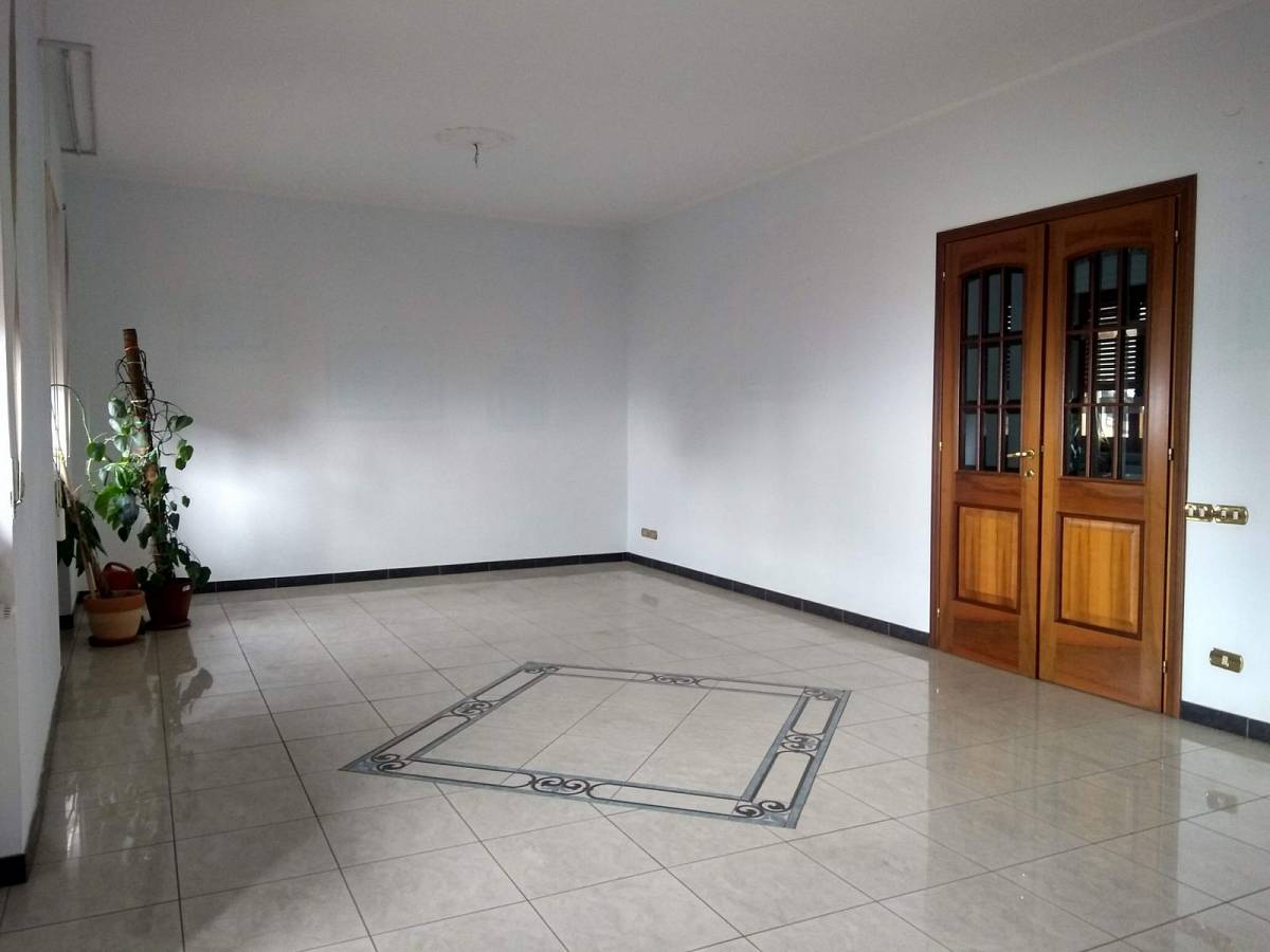 Appartamento in vendita in via madonna degli angeli zona Mad. Angeli-Misericordia a Chieti - 3505232 foto 2