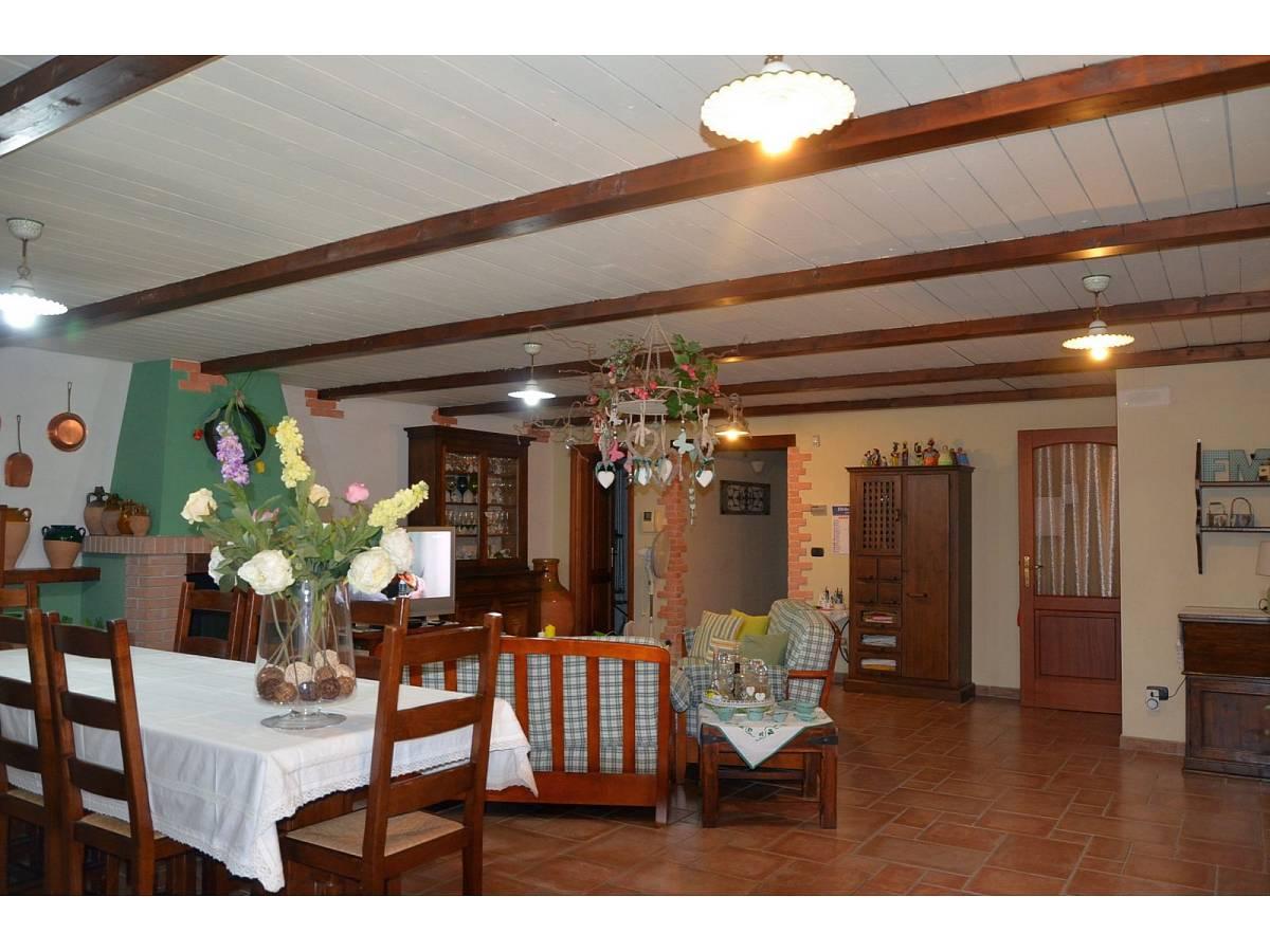 Villa bifamiliare in vendita in via delle more  a Città Sant'Angelo - 4024897 foto 5