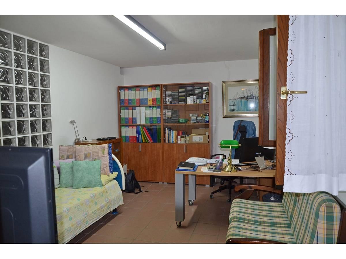 Villa bifamiliare in vendita in via delle more  a Città Sant'Angelo - 4024897 foto 9