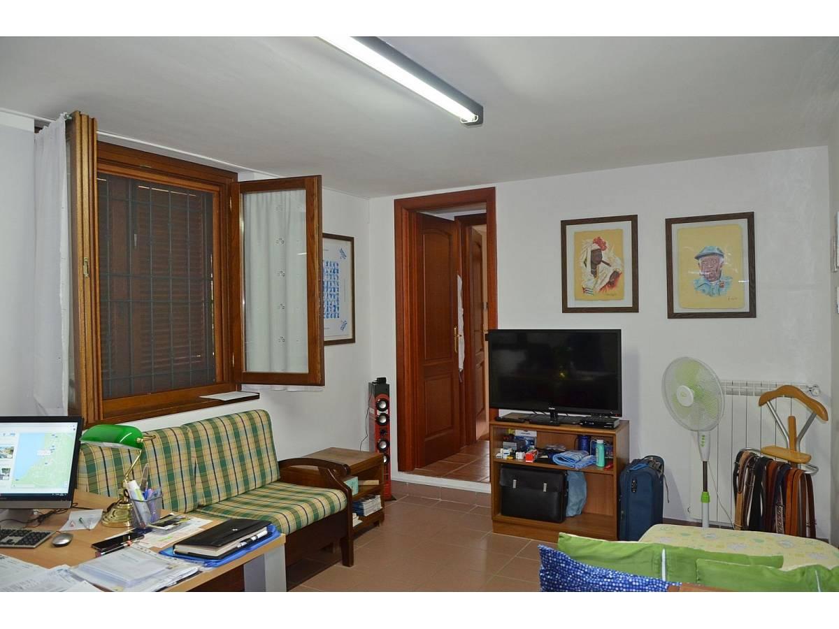 Villa bifamiliare in vendita in via delle more  a Città Sant'Angelo - 4024897 foto 10