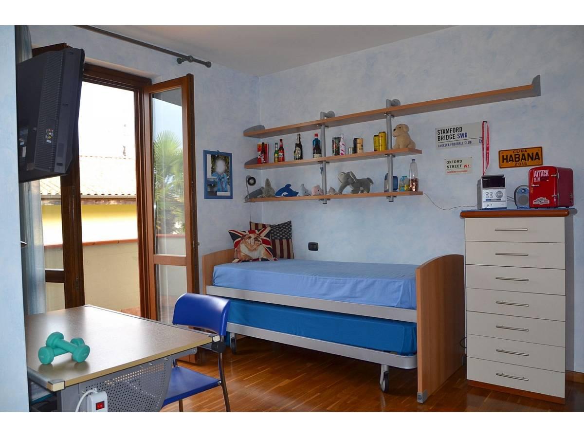Villa bifamiliare in vendita in via delle more  a Città Sant'Angelo - 4024897 foto 16