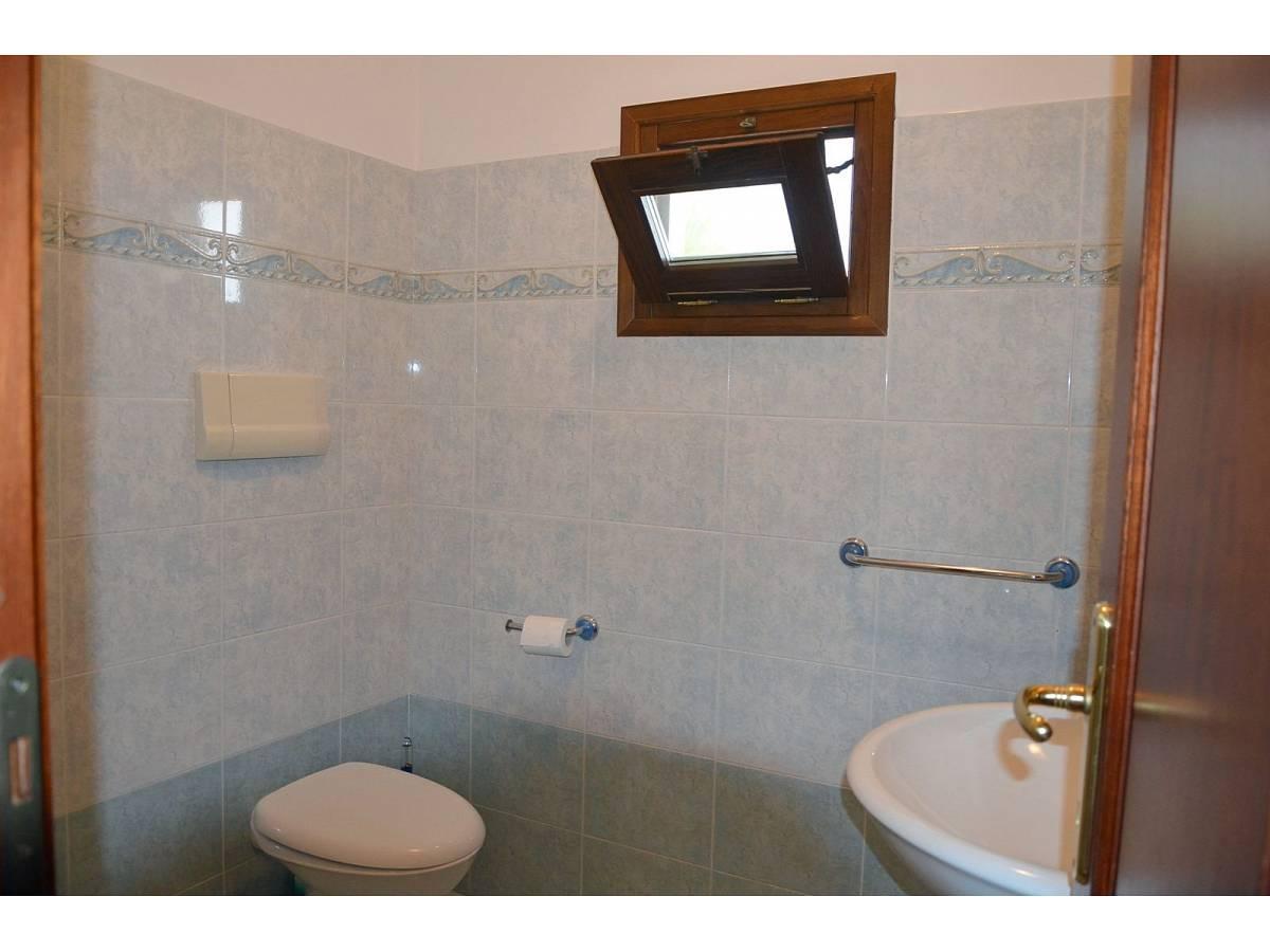 Villa bifamiliare in vendita in via delle more  a Città Sant'Angelo - 4024897 foto 17