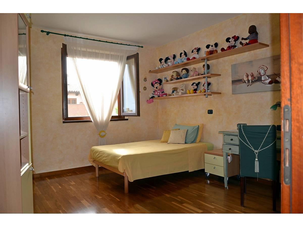 Villa bifamiliare in vendita in via delle more  a Città Sant'Angelo - 4024897 foto 19