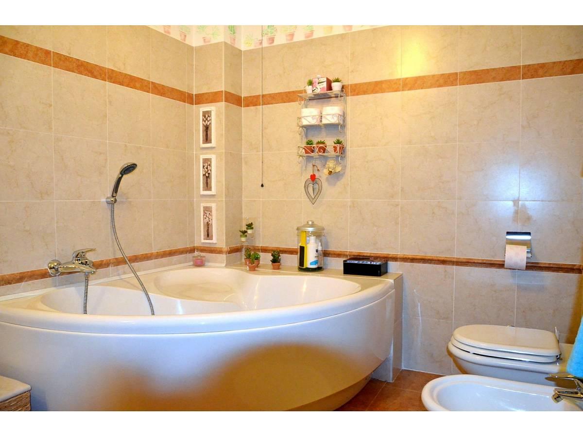 Villa bifamiliare in vendita in via delle more  a Città Sant'Angelo - 4024897 foto 23