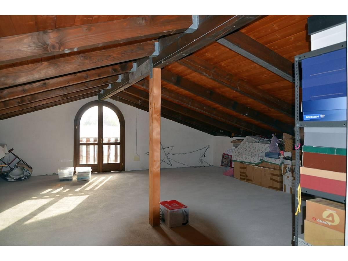 Villa bifamiliare in vendita in via delle more  a Città Sant'Angelo - 4024897 foto 25