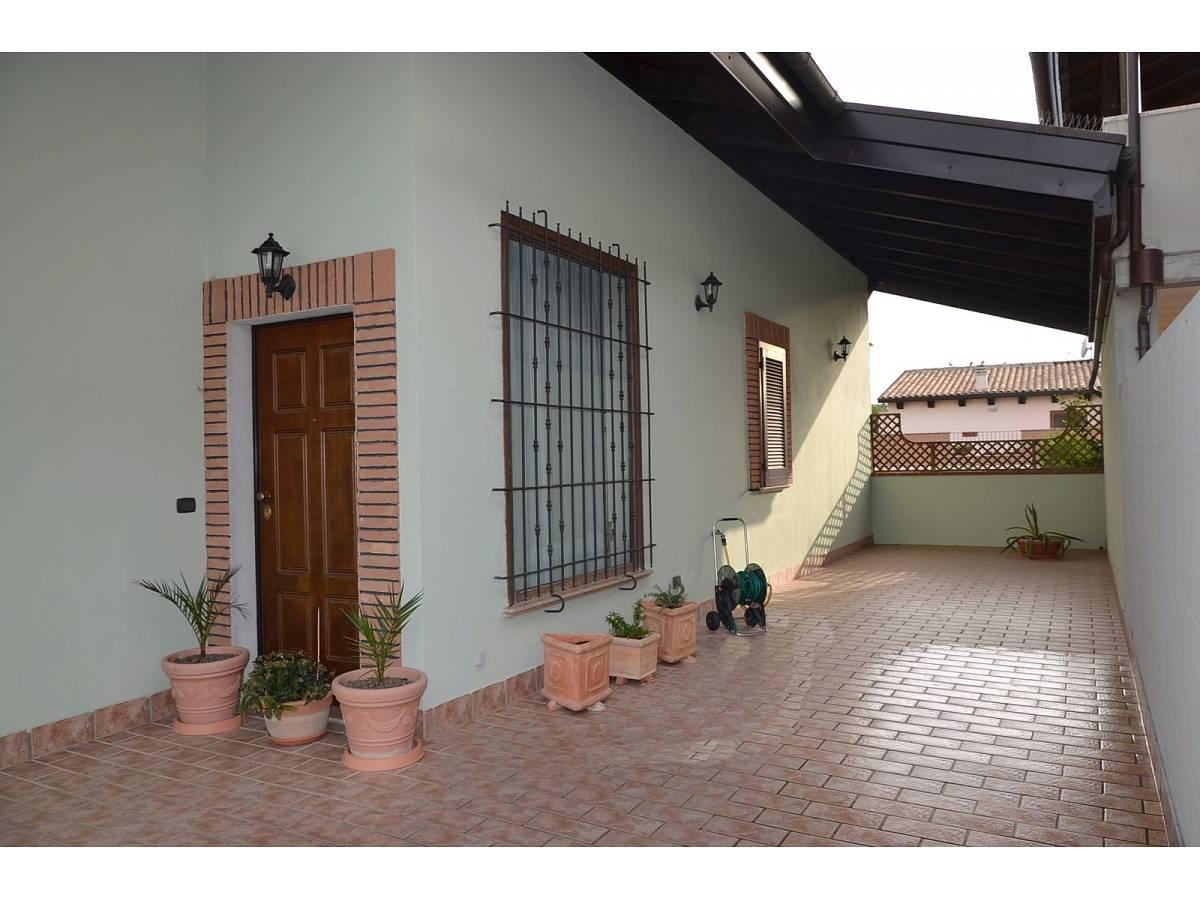 Villa bifamiliare in vendita in via delle more  a Città Sant'Angelo - 4024897 foto 27