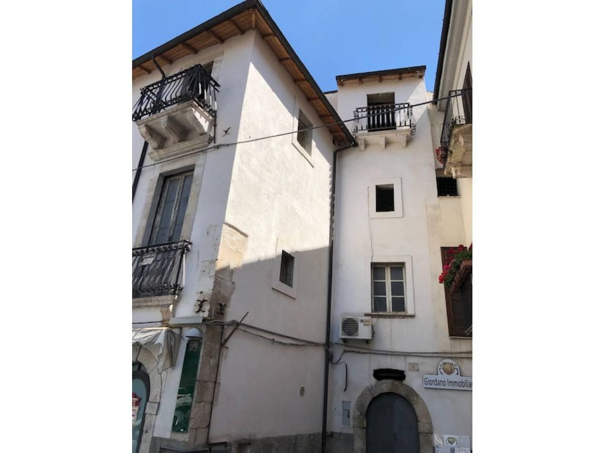Stabile o Palazzo in vendita in centro storico  a Sulmona - 5540984 foto 3