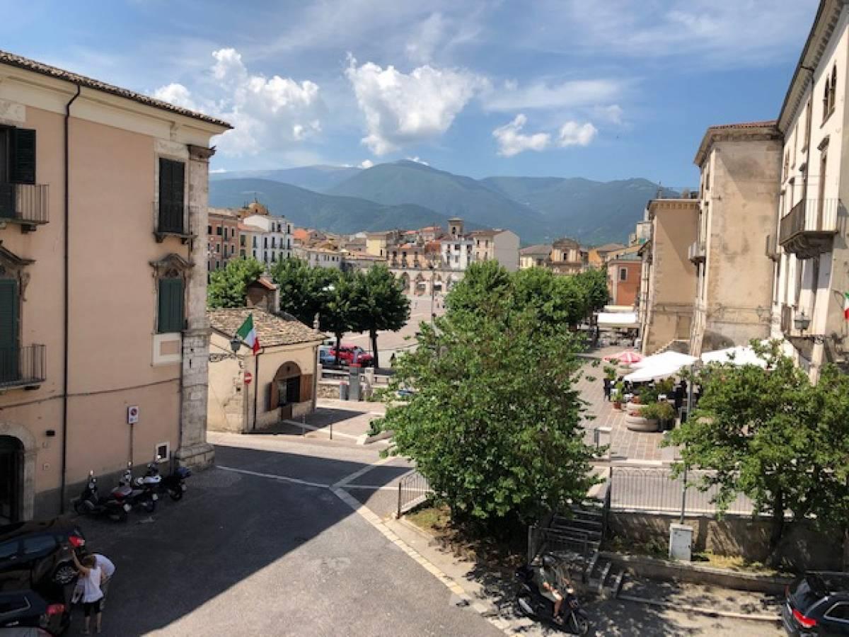 Stabile o Palazzo in vendita in centro storico  a Sulmona - 5540984 foto 6