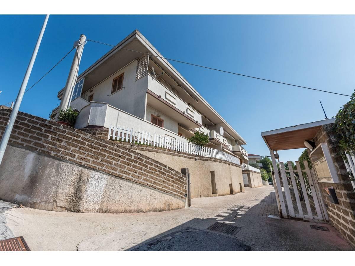 Villa a schiera in vendita in serra lunga zona Colli a Pescara - 5074281 foto 1
