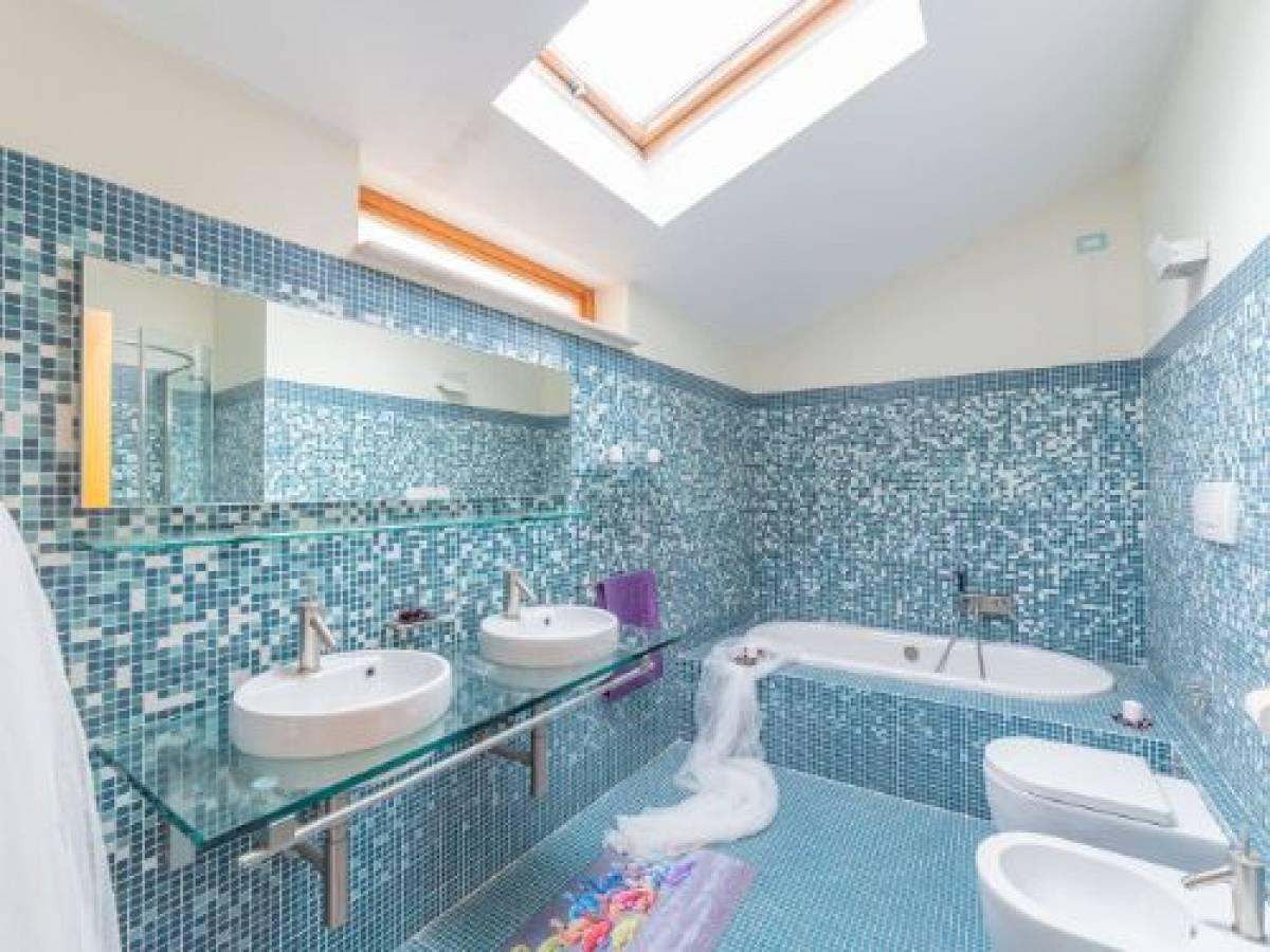Appartamento in vendita in via Nicola Fabrizi, 117 zona Centro a Pescara - 5395597 foto 1