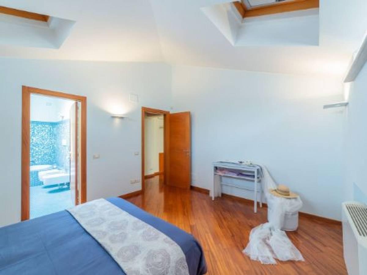 Appartamento in vendita in via Nicola Fabrizi, 117 zona Centro a Pescara - 5395597 foto 4