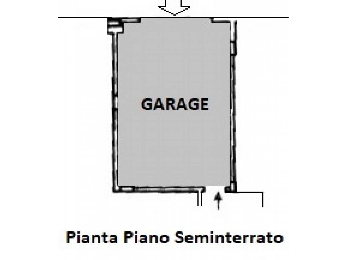 Appartamento in vendita in Via Vincenzo Cilli 30  a Città Sant'Angelo - 5461422 foto 22