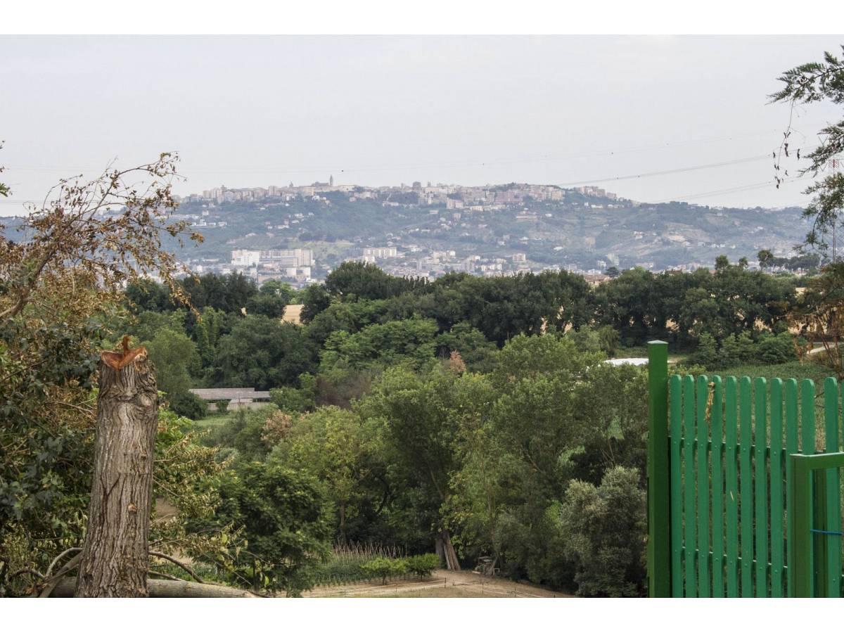 Appartamento in vendita in Viale Papa Giovanni XXIII°  a Pianella - 4200446 foto 24