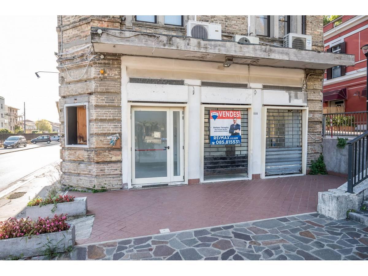 Negozio o Locale in vendita in Via Duca degli Abruzzi 220  a Francavilla al Mare - 1623565 foto 2