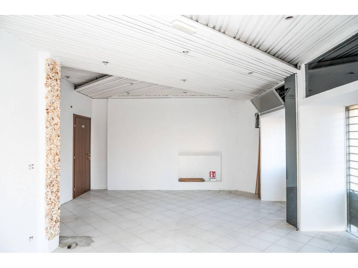 Negozio o Locale in vendita in Via Duca degli Abruzzi 220  a Francavilla al Mare - 1623565 foto 8