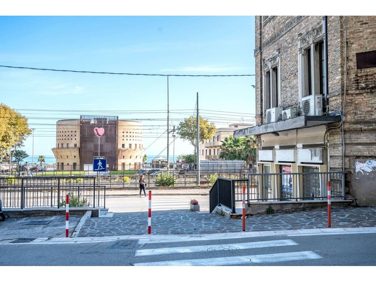 Negozio o Locale in vendita in Via Duca degli Abruzzi 220  a Francavilla al Mare - 1623565 foto 19