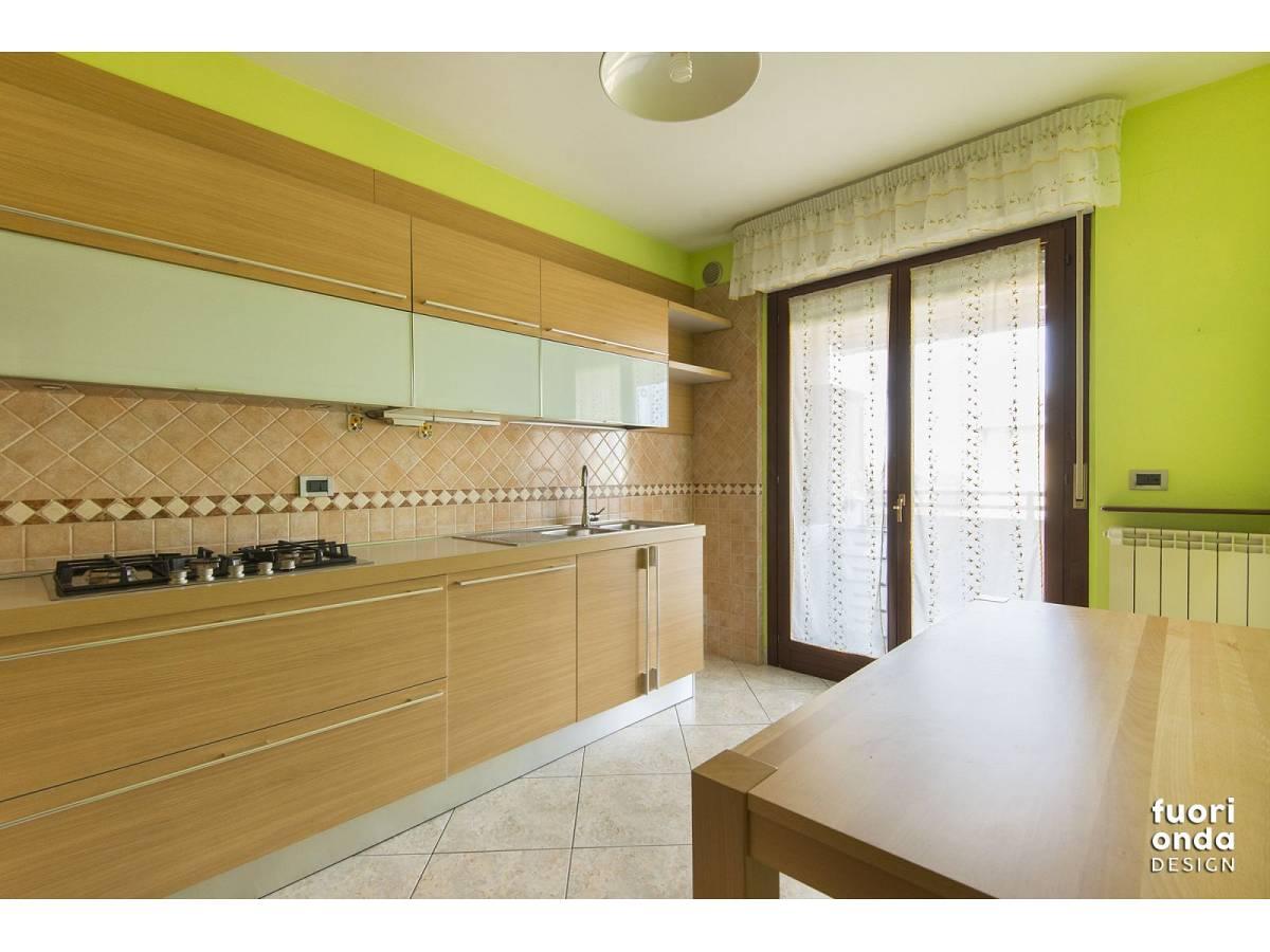 Appartamento in vendita in Via Spagna 5 zona Marina a Montesilvano - 5713194 foto 2