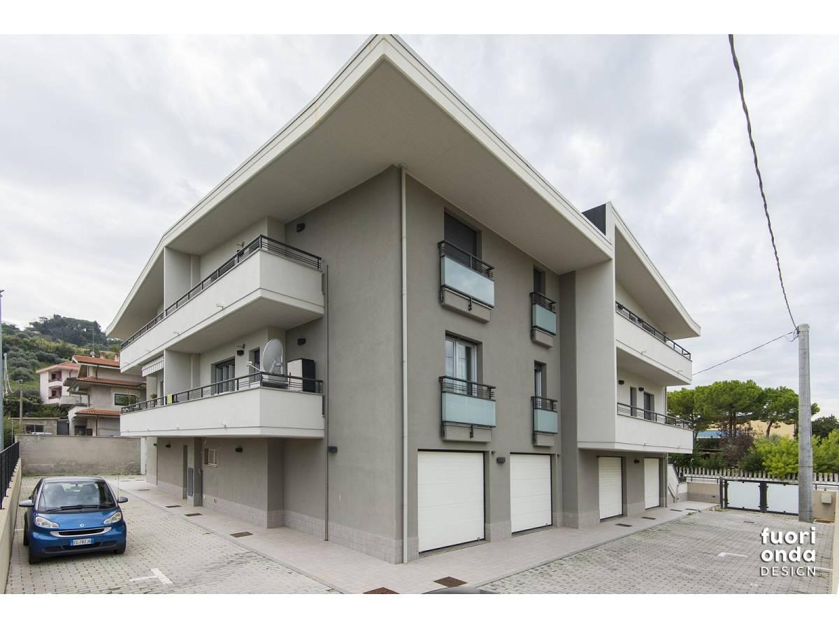 Appartamento in vendita in Via Pierfortunato Calvi 3 zona Centro - Nord a Pescara - 8557190 foto 1