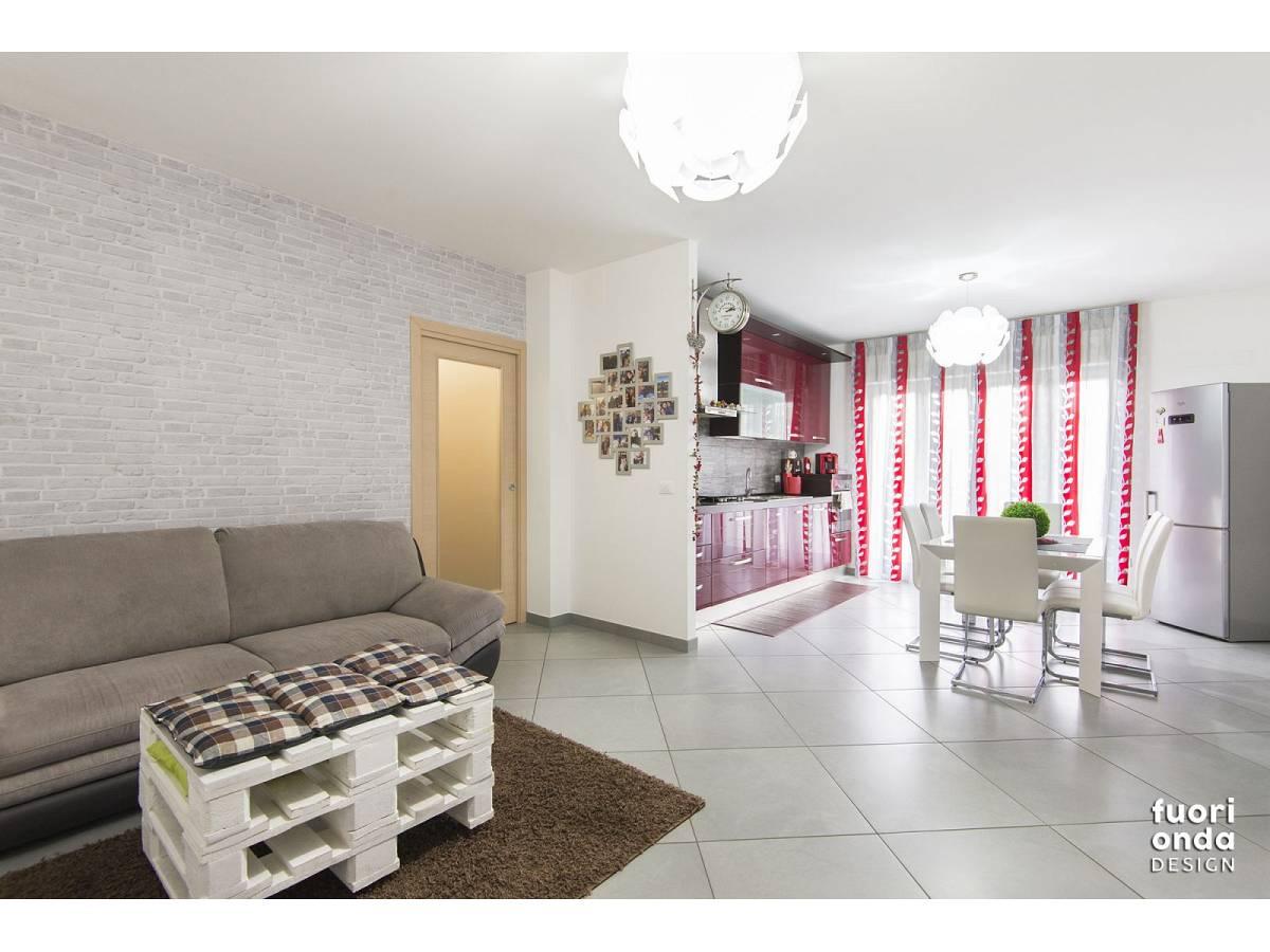Appartamento in vendita in Via Pierfortunato Calvi 3 zona Centro - Nord a Pescara - 8557190 foto 2
