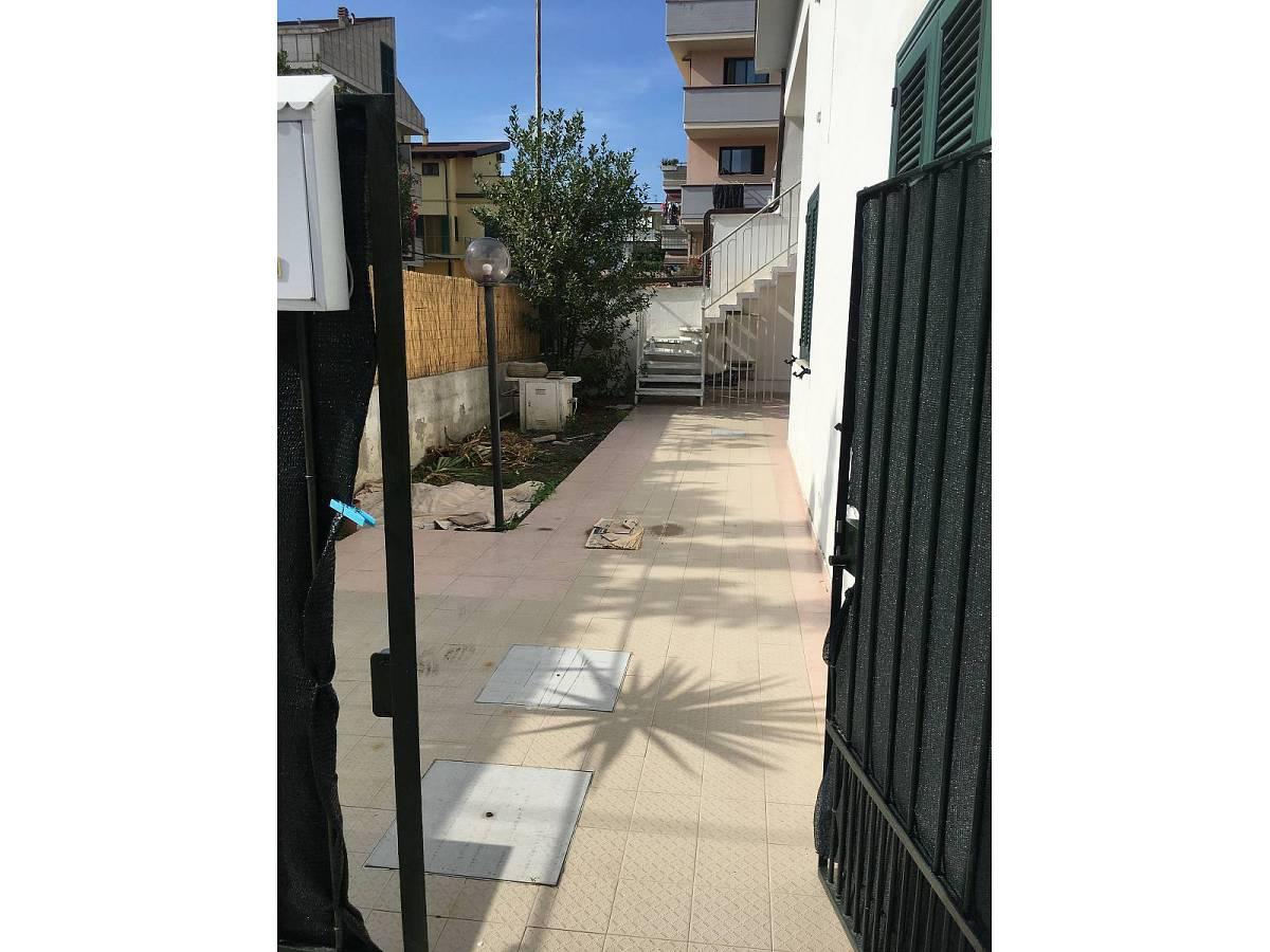 Casa indipendente in vendita in VIA ADUA, 10  a Roseto degli Abruzzi - 3331302 foto 4