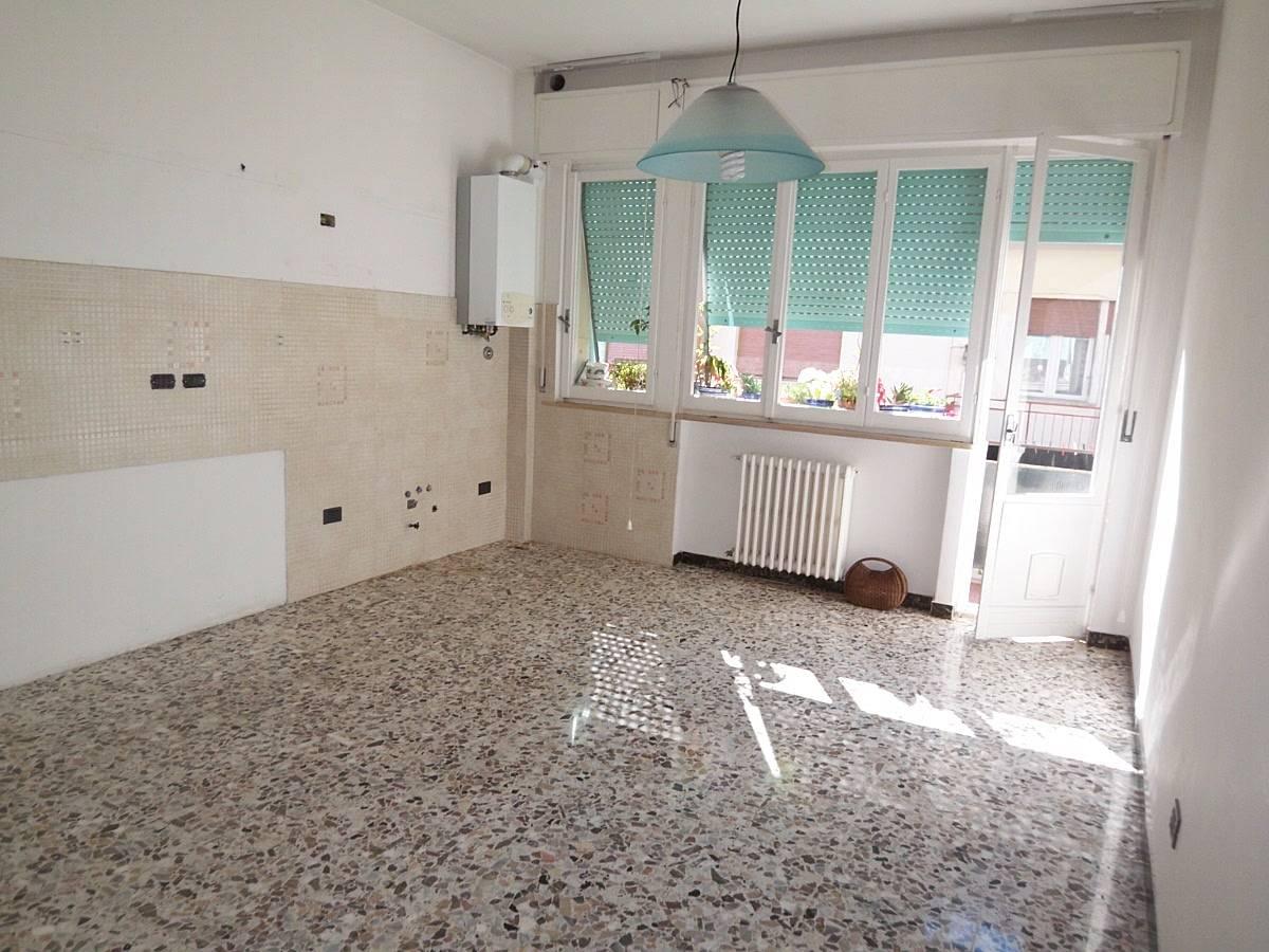 Appartamento in vendita in VIA LEOPARDI  a Falconara Marittima - 1448293 foto 4