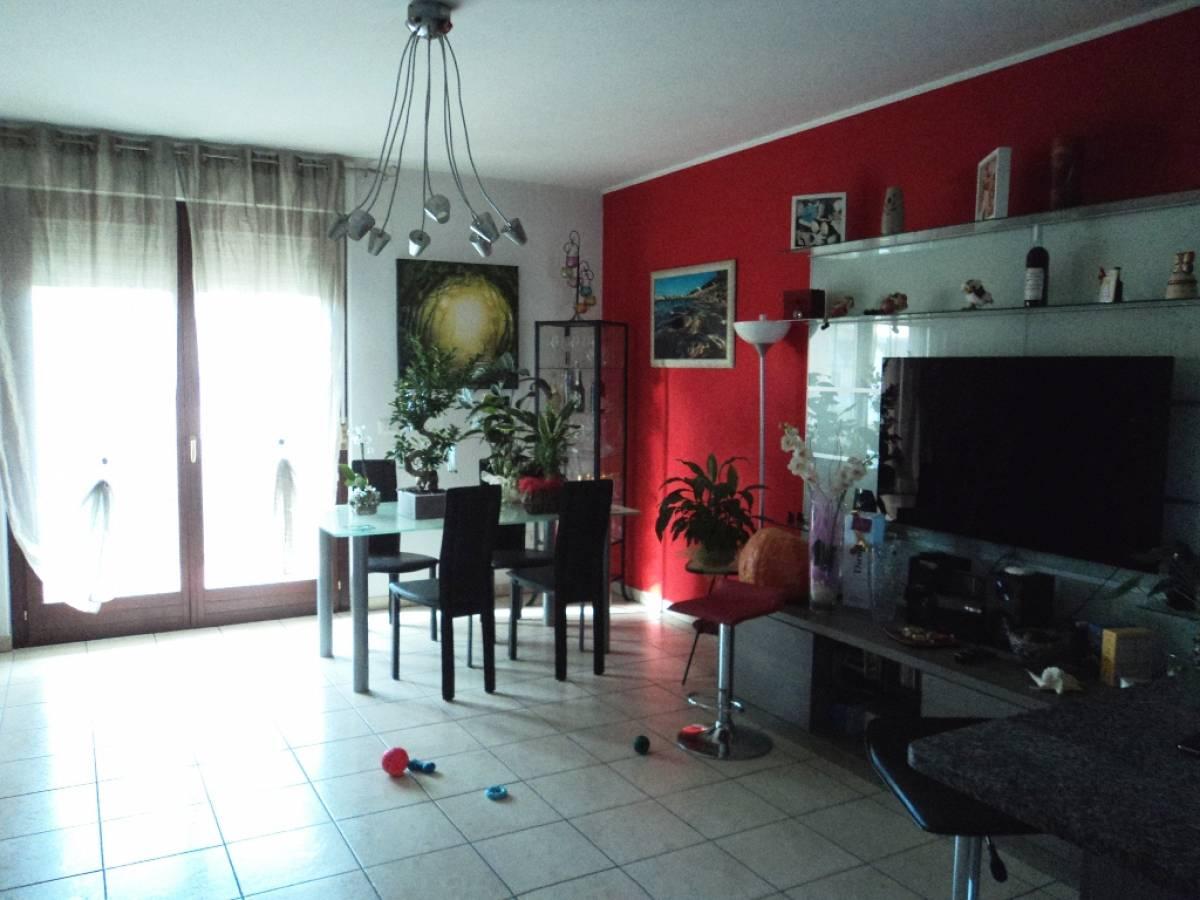Appartamento in vendita in Via Pignatelli  a Cepagatti - 2045817 foto 2