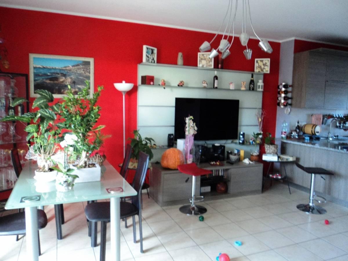 Appartamento in vendita in Via Pignatelli  a Cepagatti - 2045817 foto 3