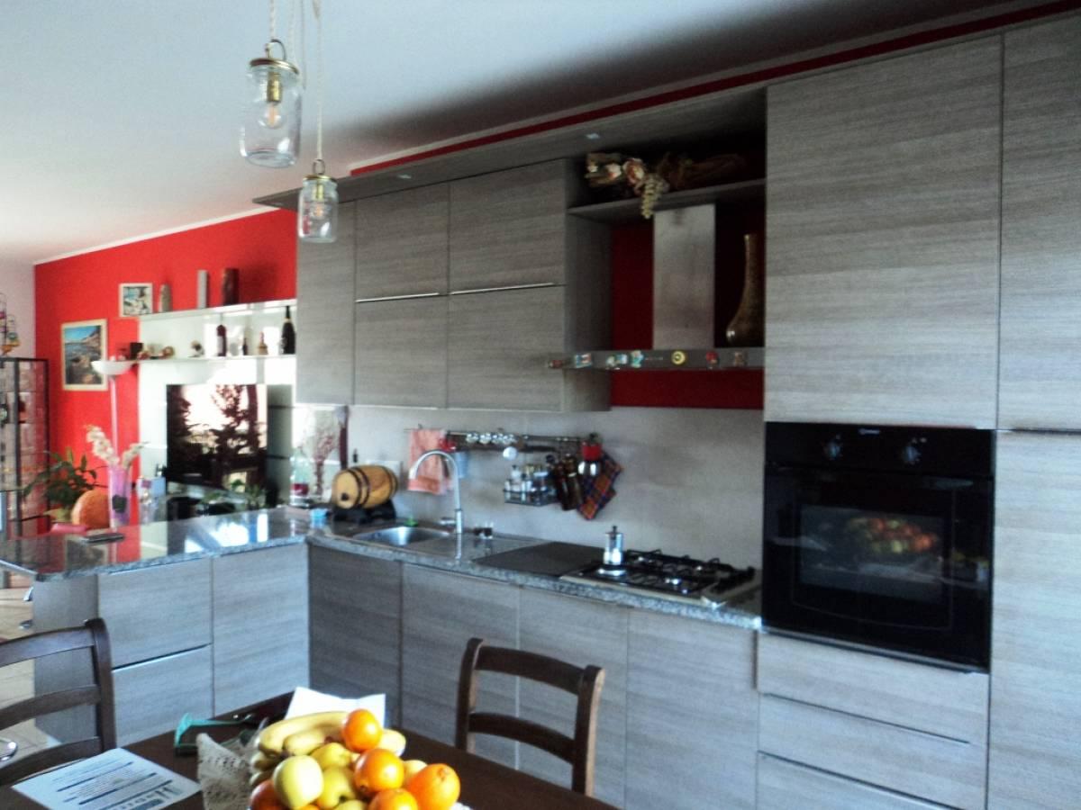 Appartamento in vendita in Via Pignatelli  a Cepagatti - 2045817 foto 6