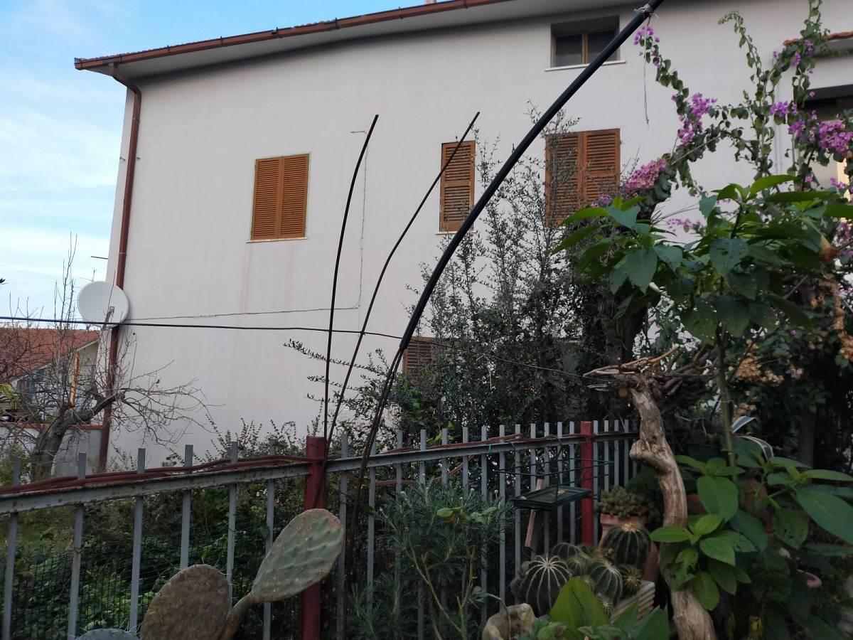 Casa indipendente in vendita in Via dei Platani 30/32 zona Mad. Angeli-Misericordia a Chieti - 241831 foto 3