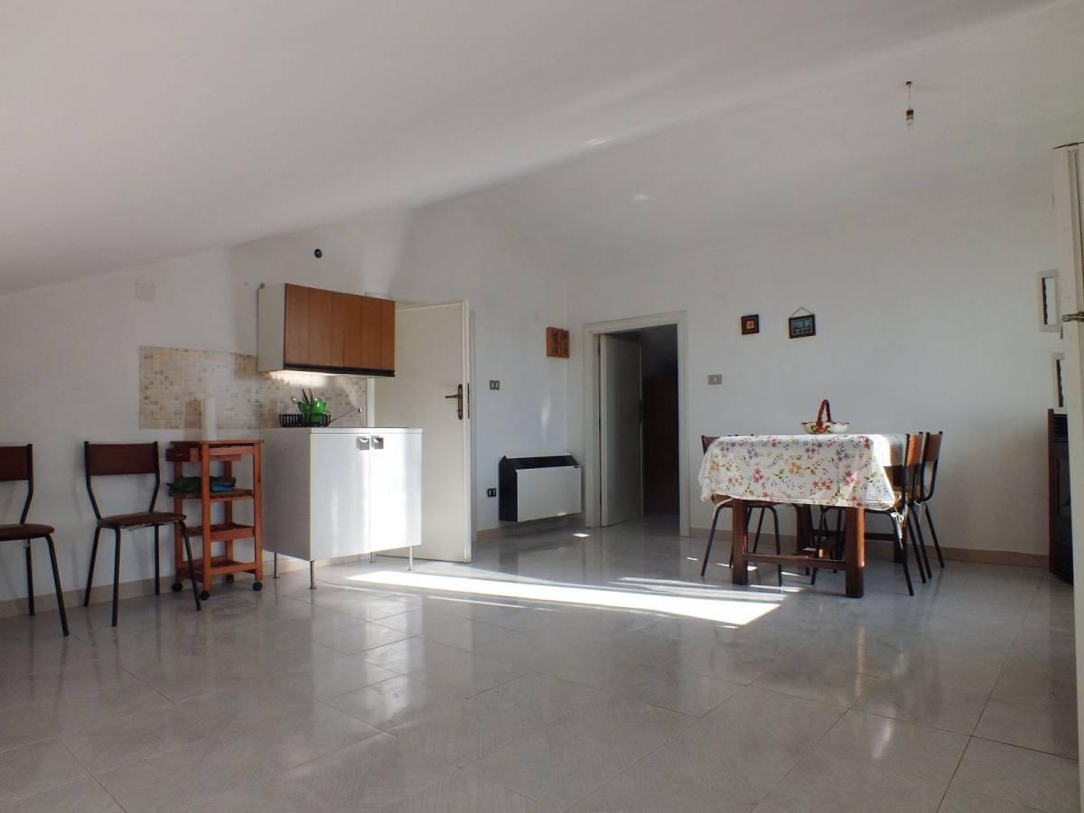 Casa indipendente in vendita in Via Circonvallazione  a Lettomanoppello - 2157227 foto 14