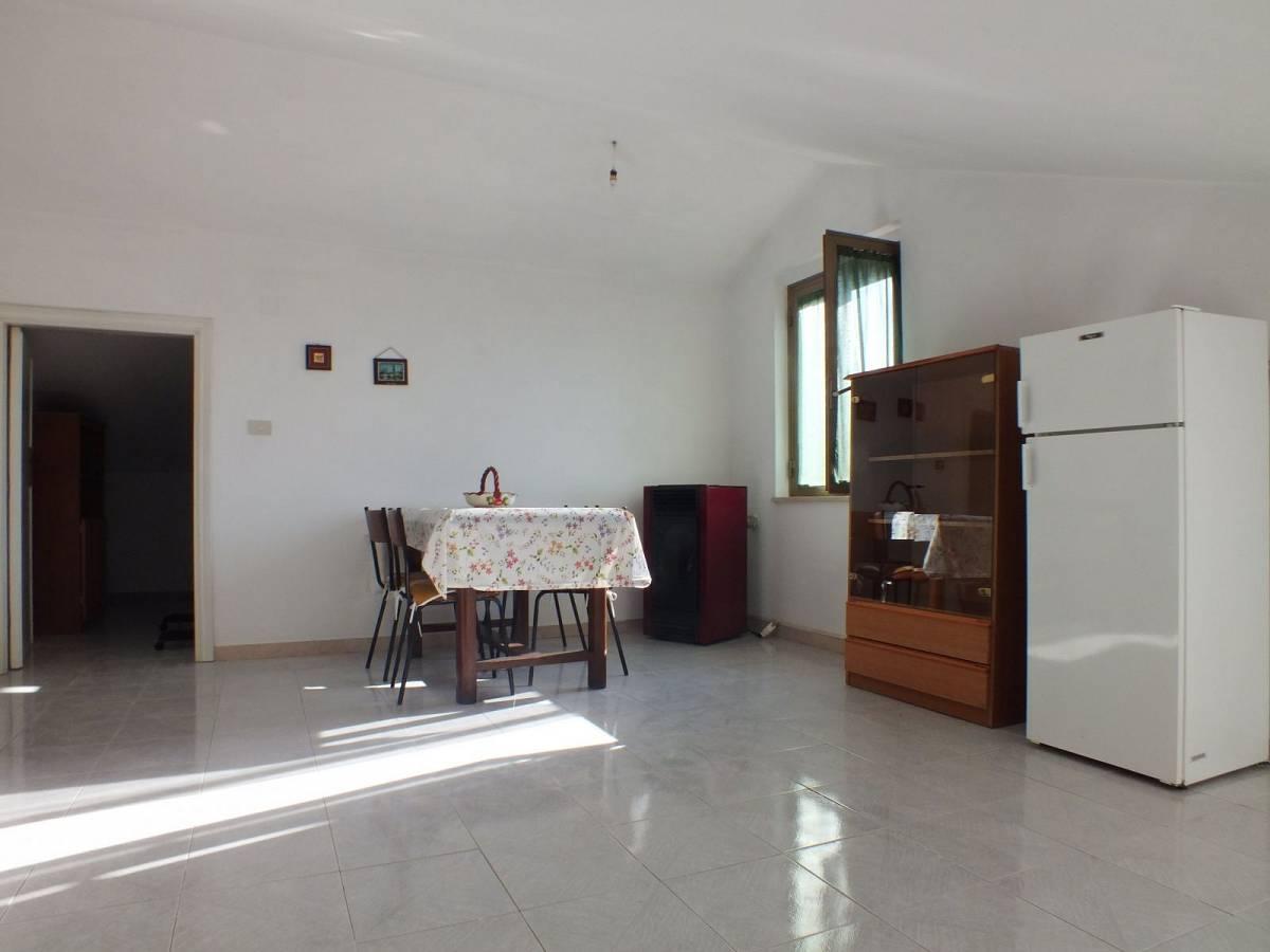Casa indipendente in vendita in Via Circonvallazione  a Lettomanoppello - 2157227 foto 15