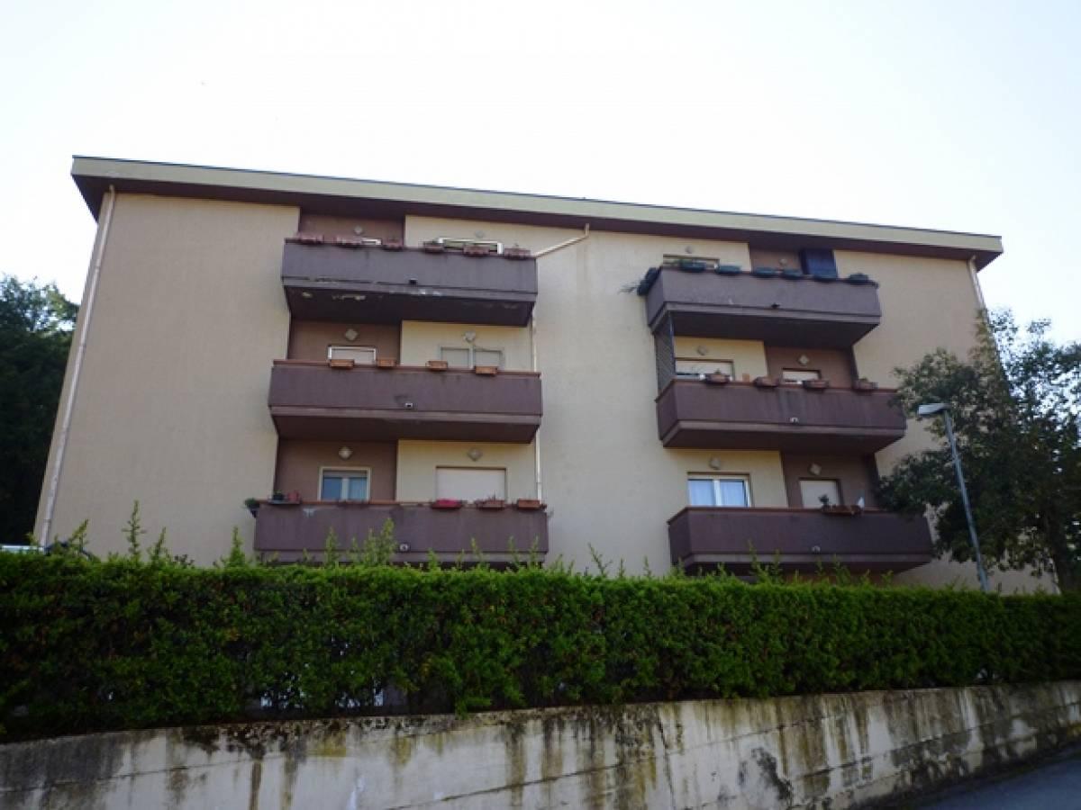 Appartamento in vendita in via De Carolis  a Bisenti - 8892177 foto 2