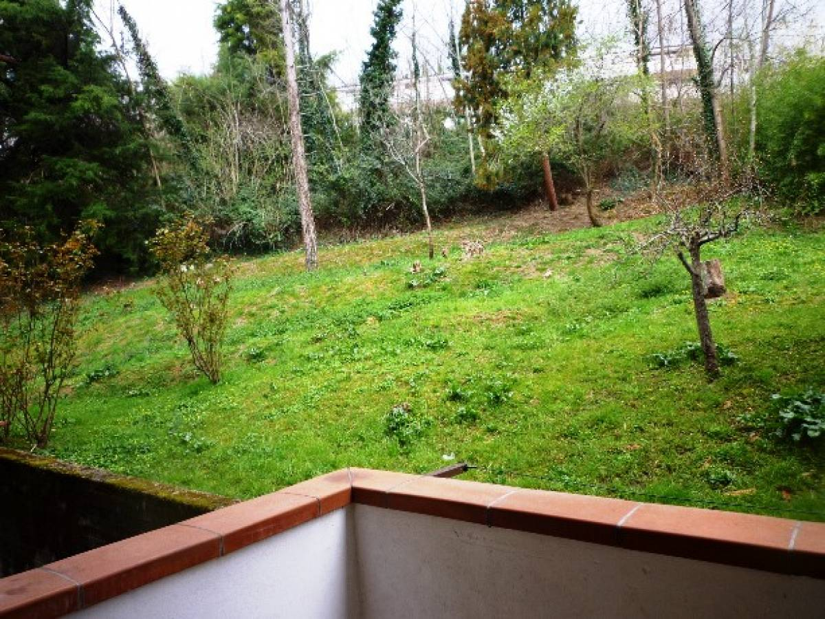 Appartamento in vendita in via De Carolis  a Bisenti - 8892177 foto 16