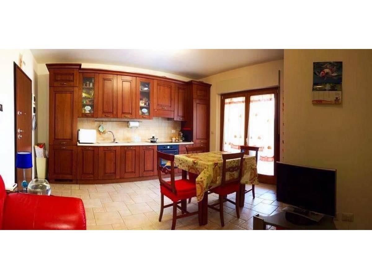 in vendita in Via Colle dell'Ara   a Chieti - 7184842 foto 3