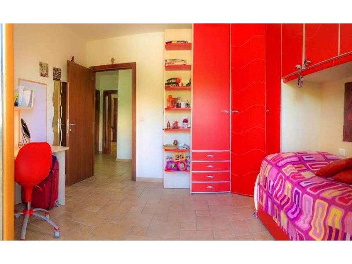 in vendita in Via Colle dell'Ara   a Chieti - 7184842 foto 5
