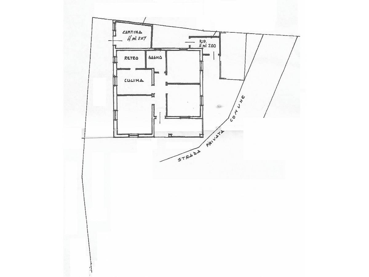 Villa in vendita in VIA RAIALE  a Pescara - 6507878 foto 1