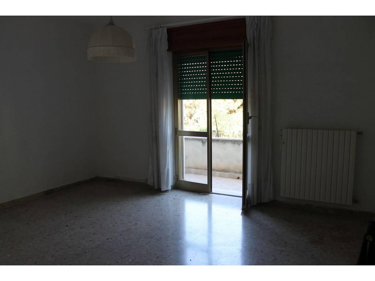 Appartamento in vendita in VIA SAN GIACOMO  a Collecorvino - 4360397 foto 2